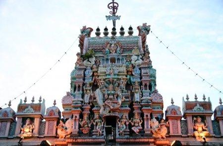 Храм Шри МариАмман.