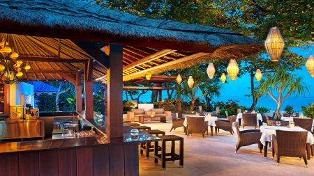 Ресторан в Западном Нуса Тенггара